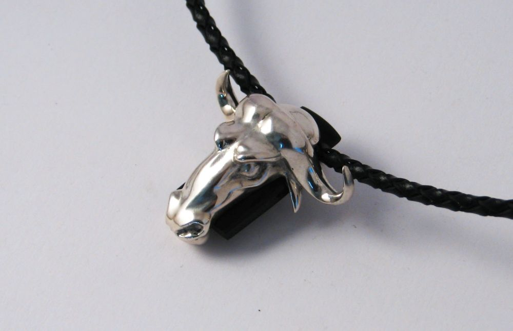 Necklace Bull