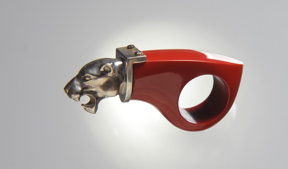 Vörös oroszlán gyűrű